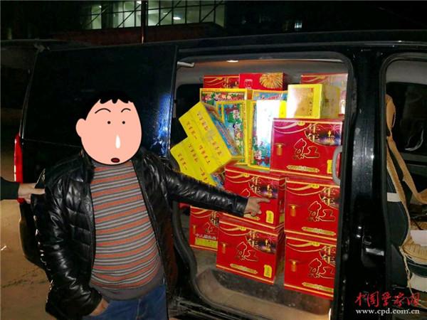 河北东风7吨烟花爆竹运输车批发价格