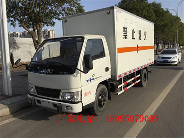 台灣藍牌易燃液體廂式運輸車哪裏買