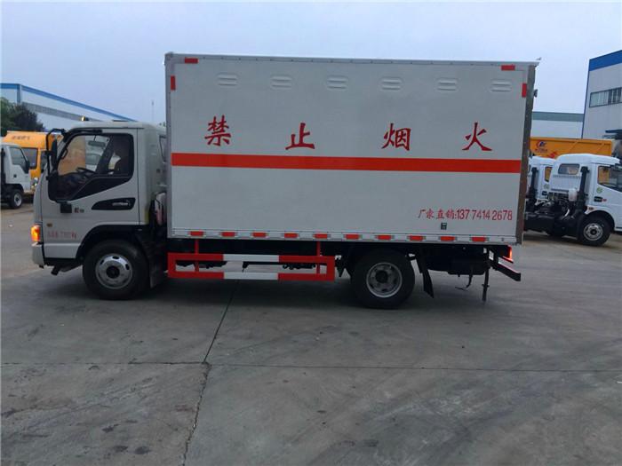 江淮民爆运输车