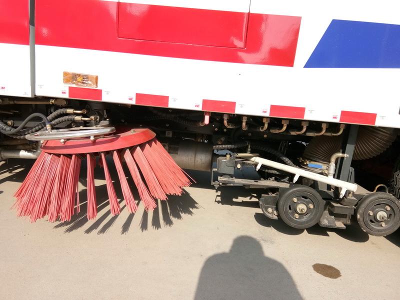 东风多利卡D7洗扫车图片5