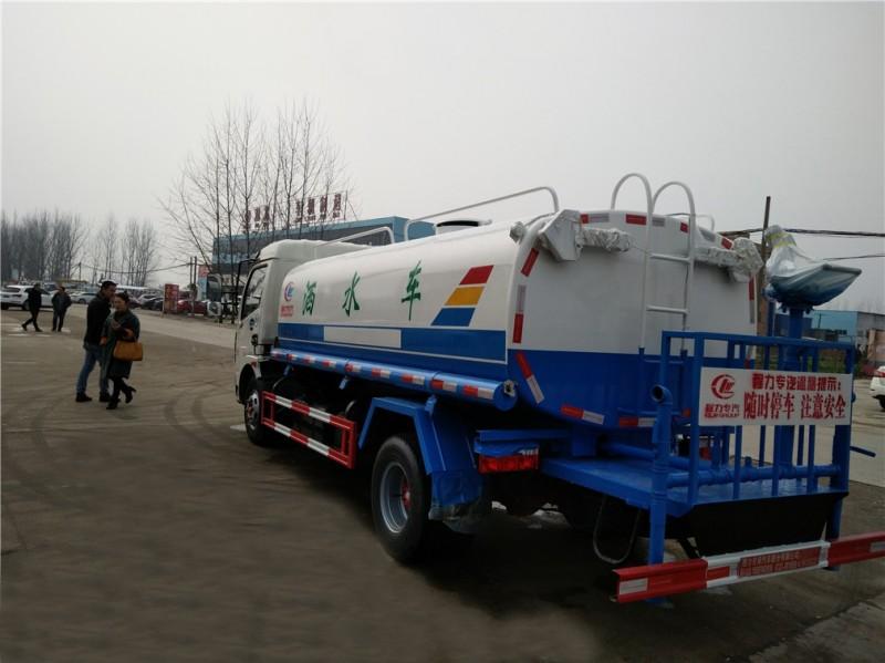 東風大多利卡8噸-9.2噸灑水車后左面圖