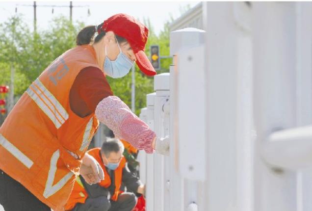城市卫生大扫除 共建共享美丽家园 国五国六洗扫车图片介绍 图片